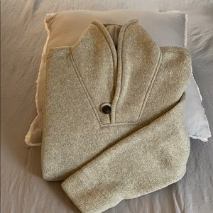 Boys Old Navy sweater